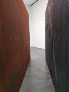RICHARD SERRA, Through | Gagosian Gallery | Photo Credits: Kalina King, LIGHTSTAGE